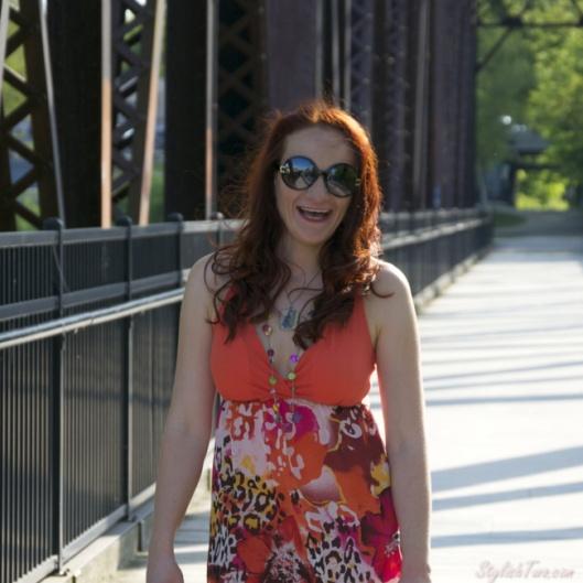 how to wear a orange dress