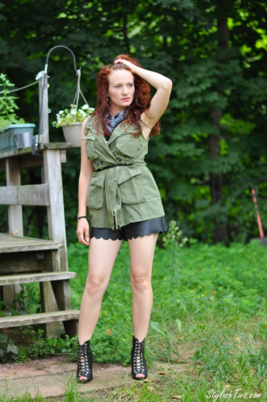 cargo-vest-leather-shorts2