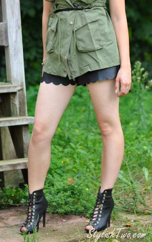 cargo-vest-leather-shorts3